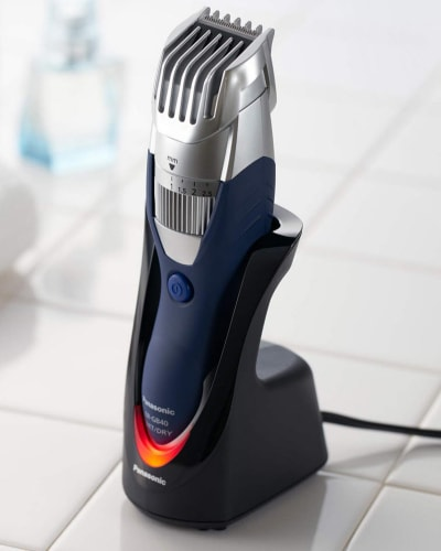 Product image of the Panasonic ER-GB40 trimmer on its display stand